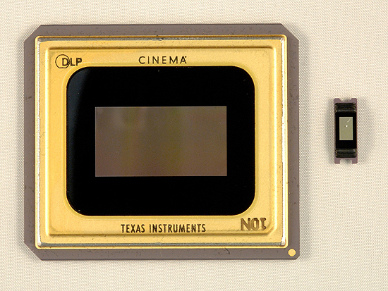 244263-ti-cinema-vs-pico-hd-dlp-chips